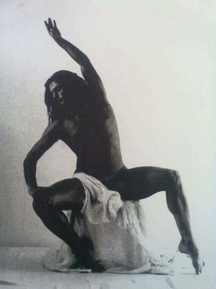 Μαργαρώνης Ιωάννης : Με σεβασμό στην παράδοση του κλασικού μπαλέτου, ανοίγουμε ορίζοντες σε κάθε νέα τάση χορού