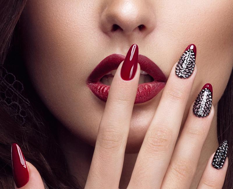 Νύχια όμορφα , όμορφα χέρια