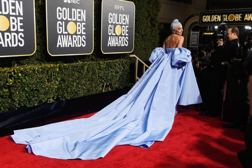 Η Lady Gaga με Valentino Couture