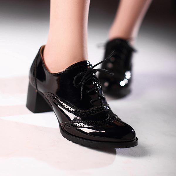 Oxford shoes : Τα ανδρικά παπούτσια που λατρεύουν οι γυναίκες.