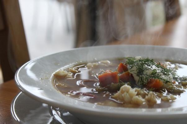Ψαρόσουπα μια συνταγή λαχταριστή και απολαυστική, βραστού ψαριού με λαχανικά, υγιεινή πλούσια σε βιταμίνες. Ξεχωριστή και λεμονάτη!!