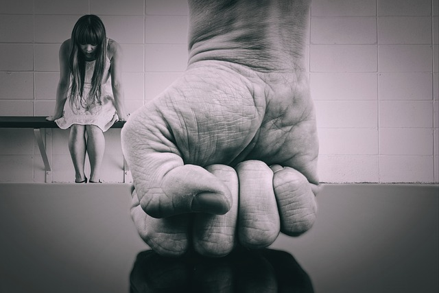 Ενδοοικογενειακή_βία